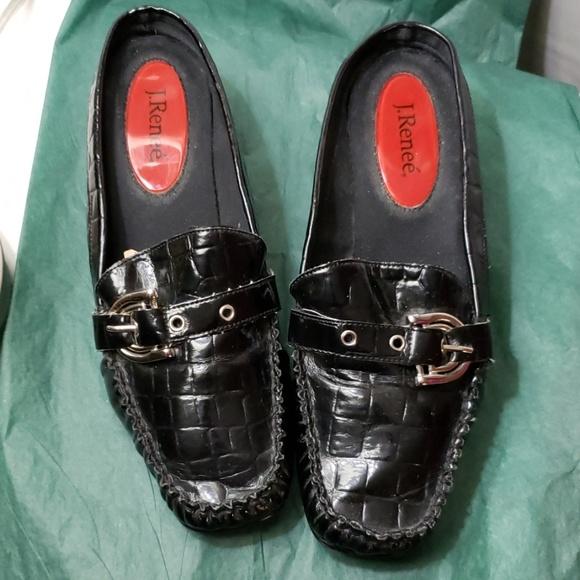 J Renee Shoes - 7M vegan alligator texture mules